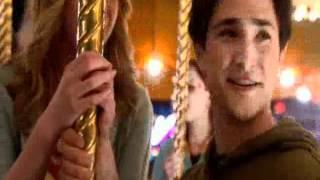 Kyle sur le carrousel (vf)