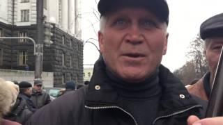 Чернобыльцы требуют повышения выплат