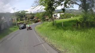 preview picture of video 'En las montañas de escazu con mata y sus amigos de rides en cuadras y motos'