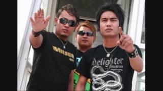 Download lagu St12 Bangsaku Mp3