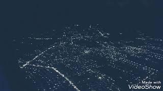 preview picture of video 'Pontianak dari ketinggian pada malam hari pada saat menaiki pesawat.'