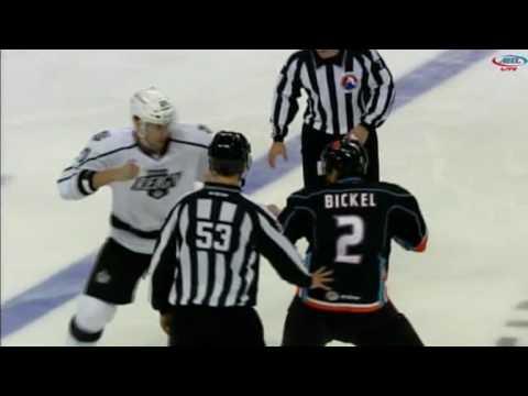 Stu Bickel vs Kurtis MacDermid