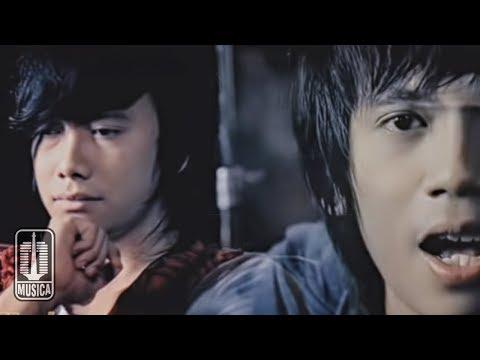 D'MASIV - Jangan Menyerah (Official Music Video)