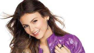 Виктория Джастис, Victoria Justice on Fake Mustaches & Real Feathers - CELEBRITY TREND REPORT