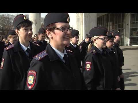 Видео: музыкальное поздравление от сотрудников новгородской Госавтоинспекции