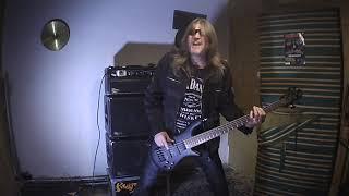 Video Rusty Fox  -  Hostitel