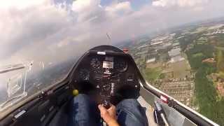 preview picture of video 'Zweefvliegen venlo met looping Gopro'