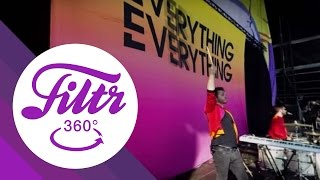 """Everything Everything """"Cough Cough"""" - 360° (Live@Lollapalooza Berlin)"""