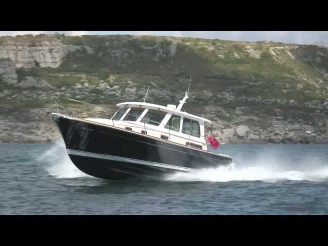 Sabre 40 from Motor Boat & Yachting