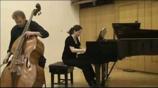 Koussevitzky: Concerto for d-bass and Orchestra. 2nd & 3rd mov. Played by Rinat Ibragimov.