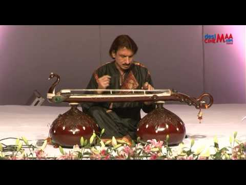 Ustad Mustafa Raza (Vichitra Veena) Part  1