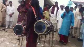 preview picture of video 'Dhol at Dhoke Hajian, Gujar khan on Muhammad Umer Farooq's Wedding'