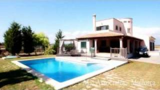 preview picture of video 'Property For Sale in Mallorca / Majorca - Villa - Ses Covetes'