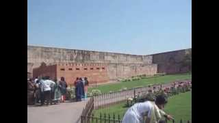 preview picture of video 'Agra fort Inside and Outside(India) インドのアグラ城'