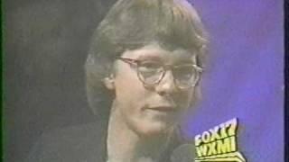 REM - Stand, interview, Get Up (17 Octobre 1989)