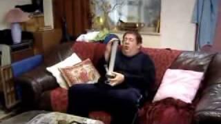 bong memories! άμα θέτε να γελάσετε αλλά πόλύ όμως, κατεβάστε τη σειρά (IDEAL του Graham Duff, BBC Three) (από xalikoutis, 13/04/11)