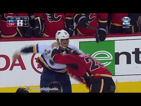 Ryan Reaves vs Brandon Bollig