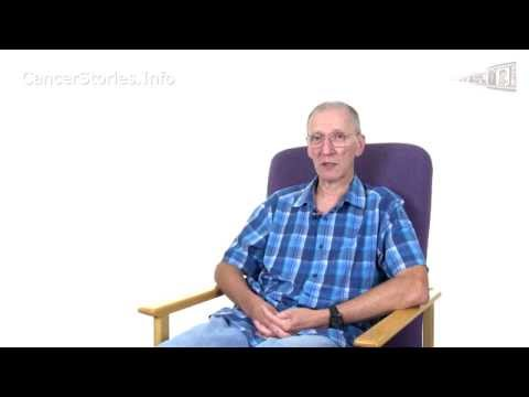 Video What were the early symptoms of my Oesophageal cancer (Garry Ashdown)