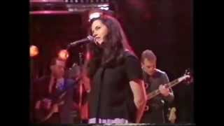 10,000 maniacs - Can't ignore the train (audio versión original, video editado)