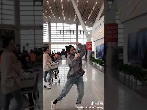 [抖音tiktok]火紅抖音歌曲《琵琶行》 搭配小姐姐的舞 真好~