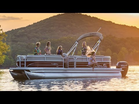 2018 Sun Tracker Party Barge 22 XP3 in Appleton, Wisconsin