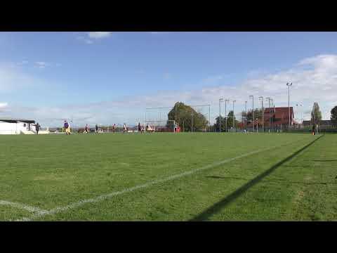 But de Mickael (3-1) lors du match Champs sur Marne contre Pommeuse (4-1) (05-11-2017)