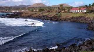 preview picture of video 'Hanga Roa Township on Easter Island'