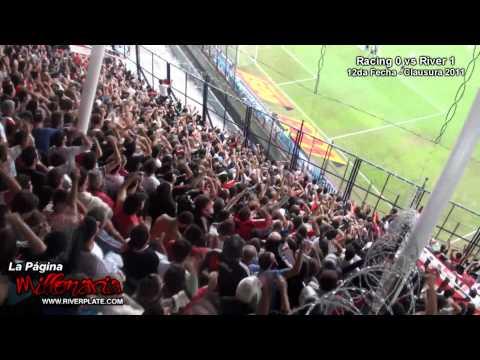 """""""Varios contra Boca"""" Barra: Los Borrachos del Tablón • Club: River Plate"""