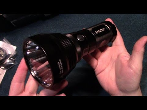 EagleTac MX25L4T Flashlight Review!