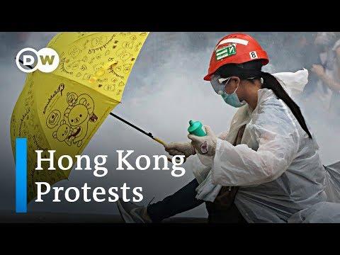 Hong Kong protest turns violent | DW News