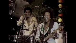 "Brothers Johnson  ""Strawberry Letter 23"" (Live 1977)"