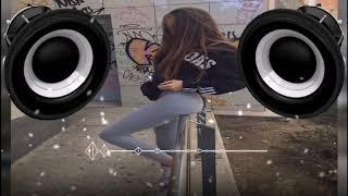 Darell - Una Mujer (BASS BOOSTED) (Feat. Brytiago & De La Ghetto)