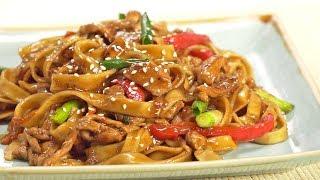 Вкусный ужин за 25 минут! Лапша удон с курицей и овощами в соусе терияки. Рецепт от Всегда Вкусно!