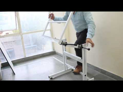 ISOMARS Drawing Stand/Table - Professional