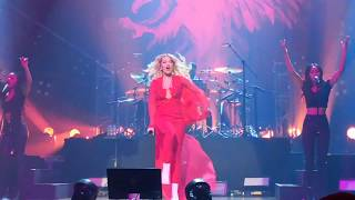 Rita Ora   Summer Love (Live In Manila)