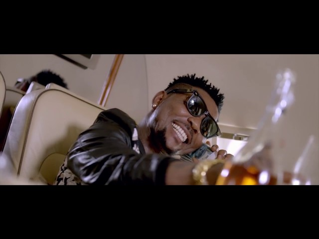 Oritse Femi - Happy Day