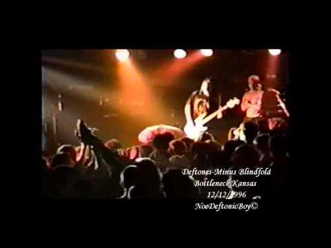 Deftones - Minus Blindfold Live @ Bottleneck Lawrence, Kansas 10/11 Live 12/12/1996