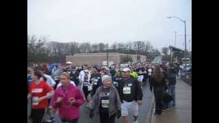 preview picture of video 'Glass City Marathon 5k'rs 2013'