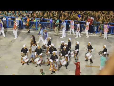 Son escuelas las que compiten en el Carnaval