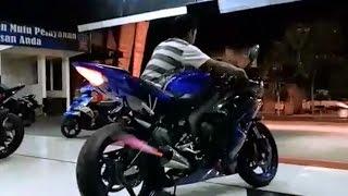 High revs YZF-R6 + Yoshimura exhaust racing system sound