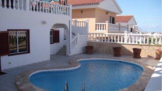 Недвижимость на Тенерифе, вилла в Callao Salvaje