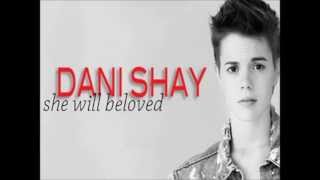 Maroon 5- She will be Loved Cover by Dani Shay LYRICS ON SCREEN
