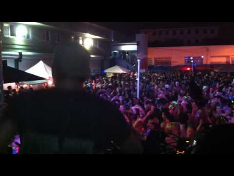 NIKOLAS AND ALBERT DAY @ SUNSET MUSIC FEST 2010 FEATURING EL PITO (KAVAL, MARKM, DURANT MIX)
