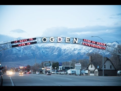 Winter slopes, islands, water sports, dinosaurs and the city all come together in this Insider's Guide to Ogden. - ©  Visit Utah