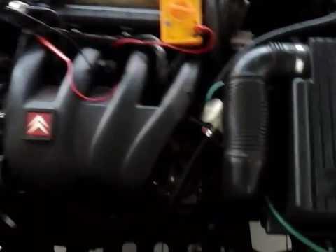 Das Schwungrad ford der Transit das Benzin
