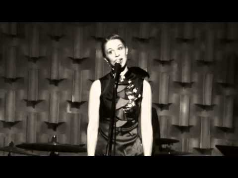 Sarah Kennedy - River ( Joni Mitchell cover) @ Kozmic Zoo in Vancouver BC