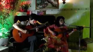 NGĂN CÁCH . Sáng tác Y VÂN . Đệm hát Guitar .Trình bày : Thu Trang .