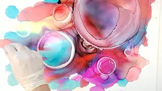 Making Bubbles With Alcohol Ink