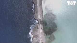 Stunning Sight Of Atlantic Ocean Meeting Caribbean Sea