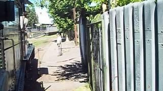 preview picture of video 'Viaje en una locomotora a vapor y coche antiguo en Lynch-2'